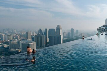 02-marina-bay-sands-singapore-pool_1600